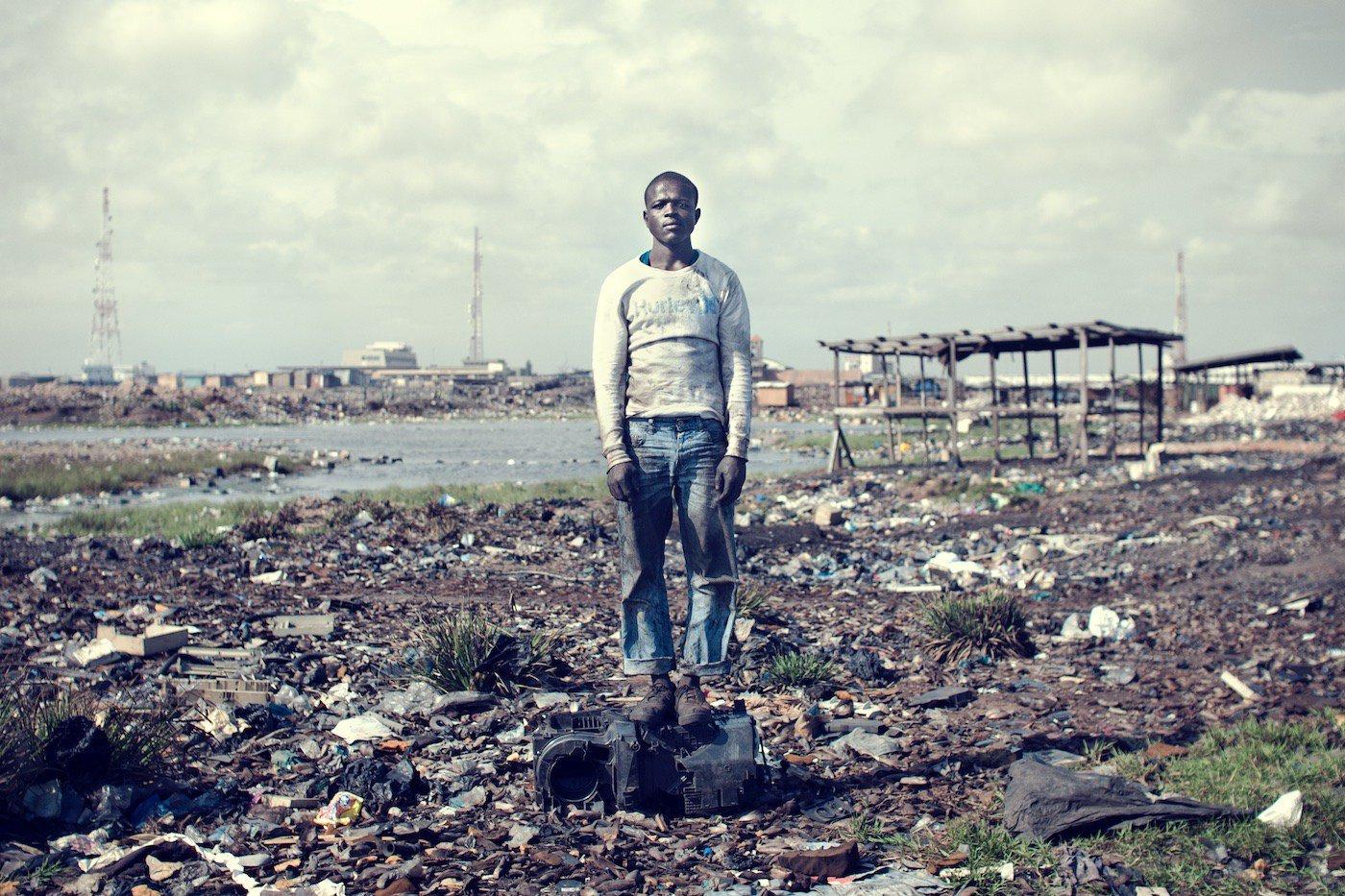 Agbogbloshie_KevinMcElvaney_Accra_e-waste-18