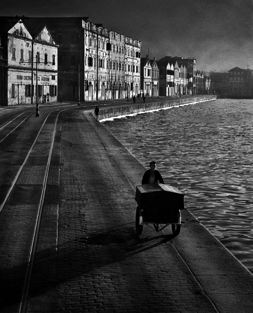 Fan Ho - As Evening Hurries By - Street Photography Lessons - Cherrydeck