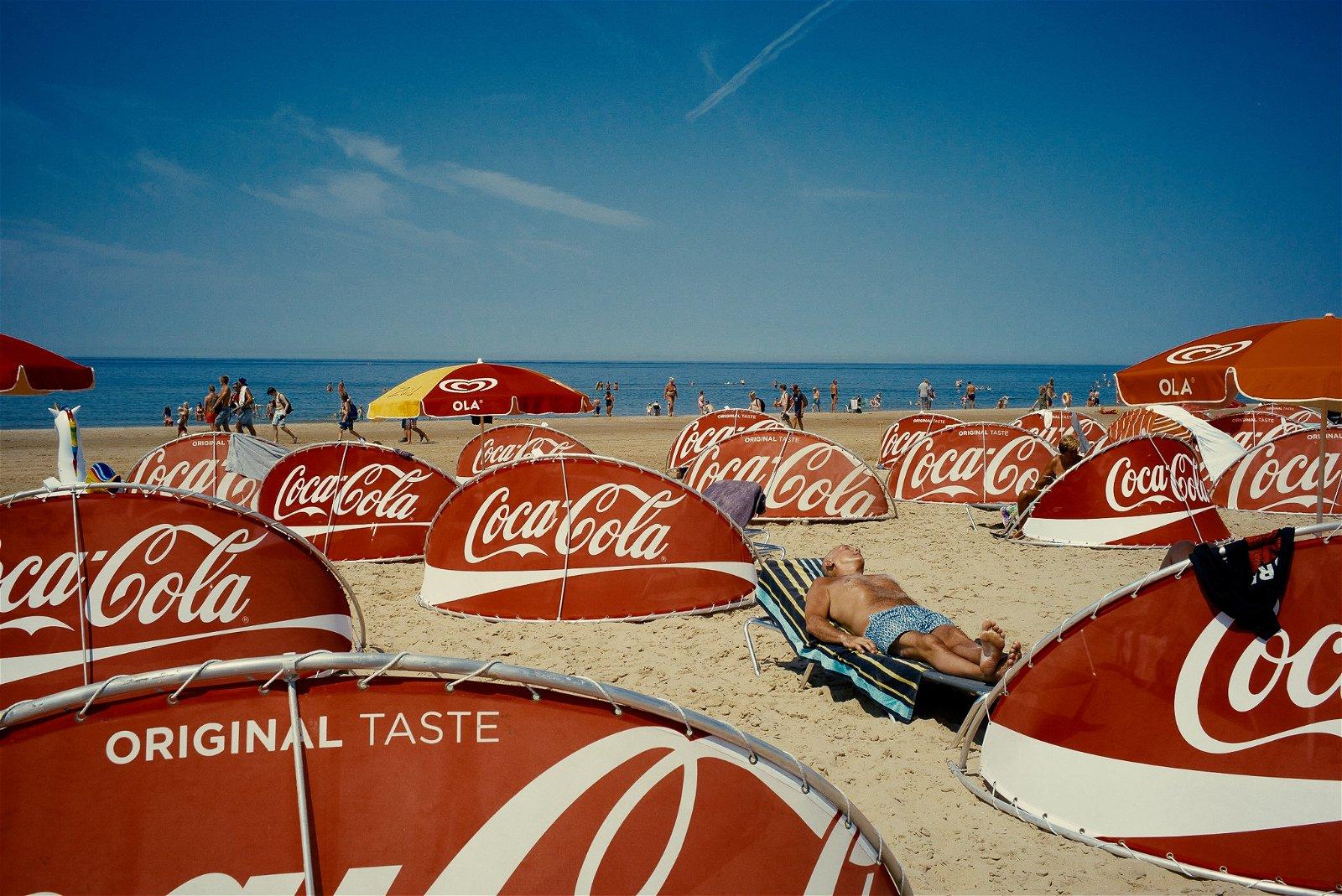 Beach Coca Cola by André Duhme