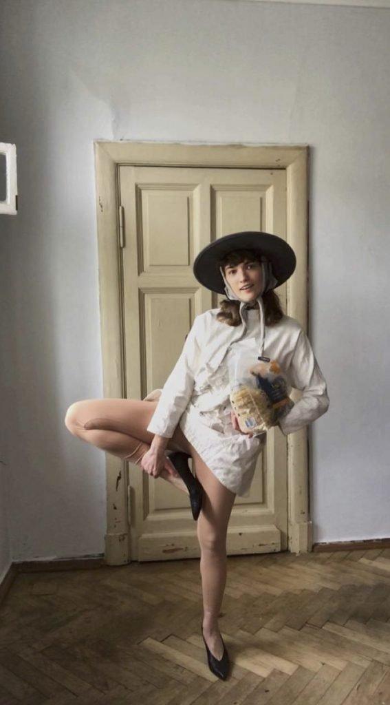 Anya Kholina Remote is the new Black