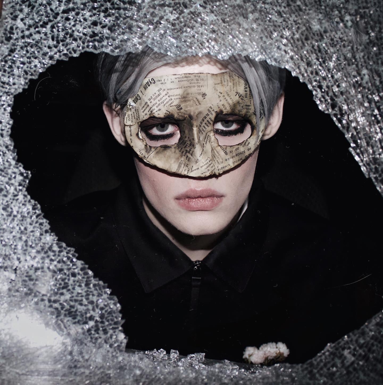 how Halloween can be reflected through makeup